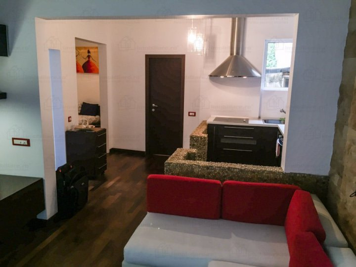 SOLD!!!!2 Rooms for sale recently renovated Parcul Carol