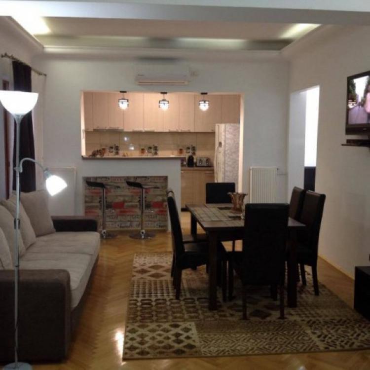 RENTED!!!!  4 Rooms | 3 Bedrooms | Romana | Magheru | Metro